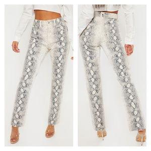 PrettyLittleThing grey snake print mom jeans NWT